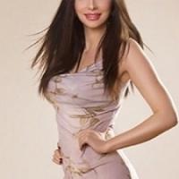 London Brunette Italian Model Michelle